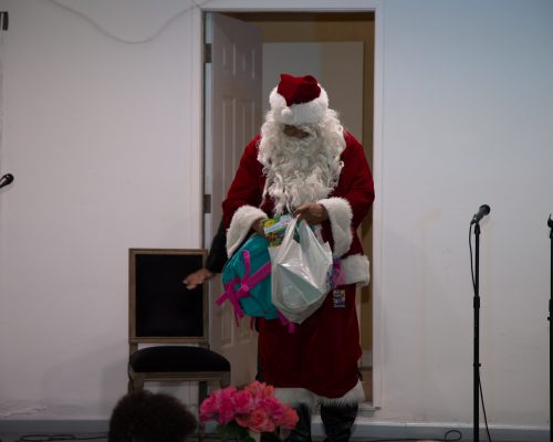 Santa decides to give more gifts out at request of the US Marines